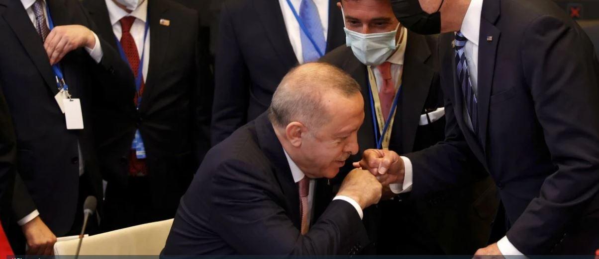 Τουρκία: Συνεχίζονται οι ακραίες προκλήσεις στο Αιγαίο – «Πόρτα» από τον Λευκό Οίκο σε Ερντογάν