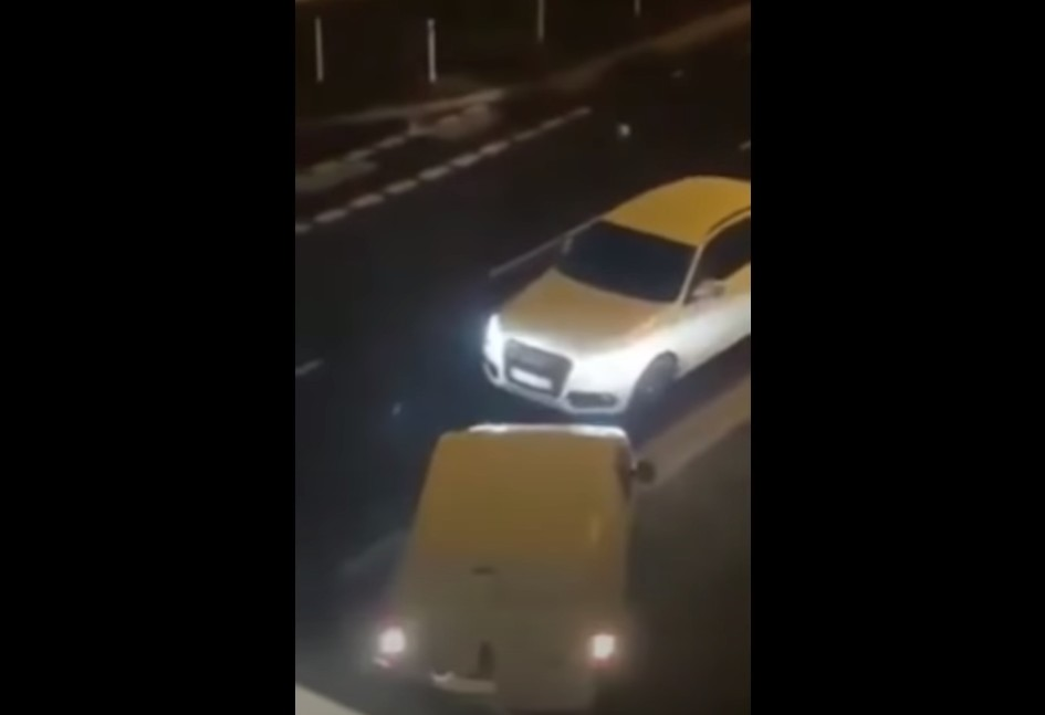 Γερμανία – Απίστευτος καυγάς ζευγαριού από την Ελλάδα – Η γυναίκα εμβόλισε το αυτοκίνητο του φίλου της
