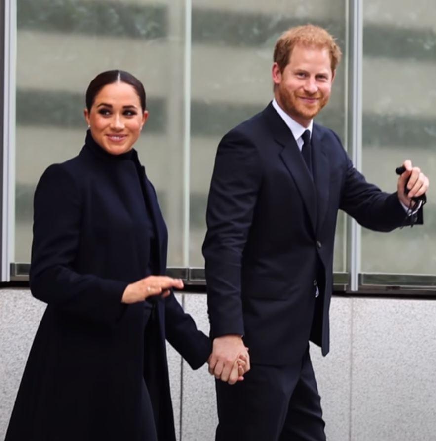 Πρίγκιπας Χάρι – Μέγκαν Μαρκλ – Η πρώτη τους δημόσια εμφάνιση μετά τη γέννηση της Λίλιμπετ