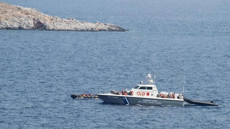 Κατασχέθηκε σκάφος που μετέφερε 14 μετανάστες ανοιχτά της Πάργας