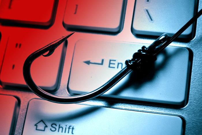 «Phishing» – «Αρπάζουν» χρήματα μέσω e-mail – Τέσσερα άτομα έχασαν 8.000 ευρώ