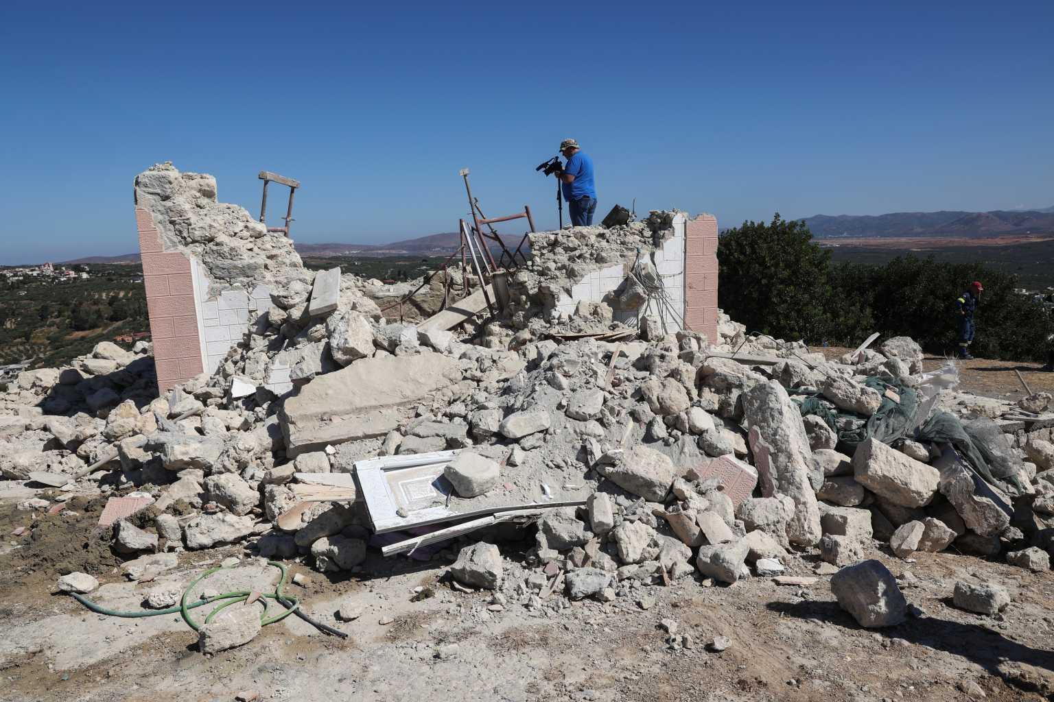 Σεισμός στο Ηράκλειο: Πάνω από 4 Ρίχτερ η πρώτη εκτίμηση