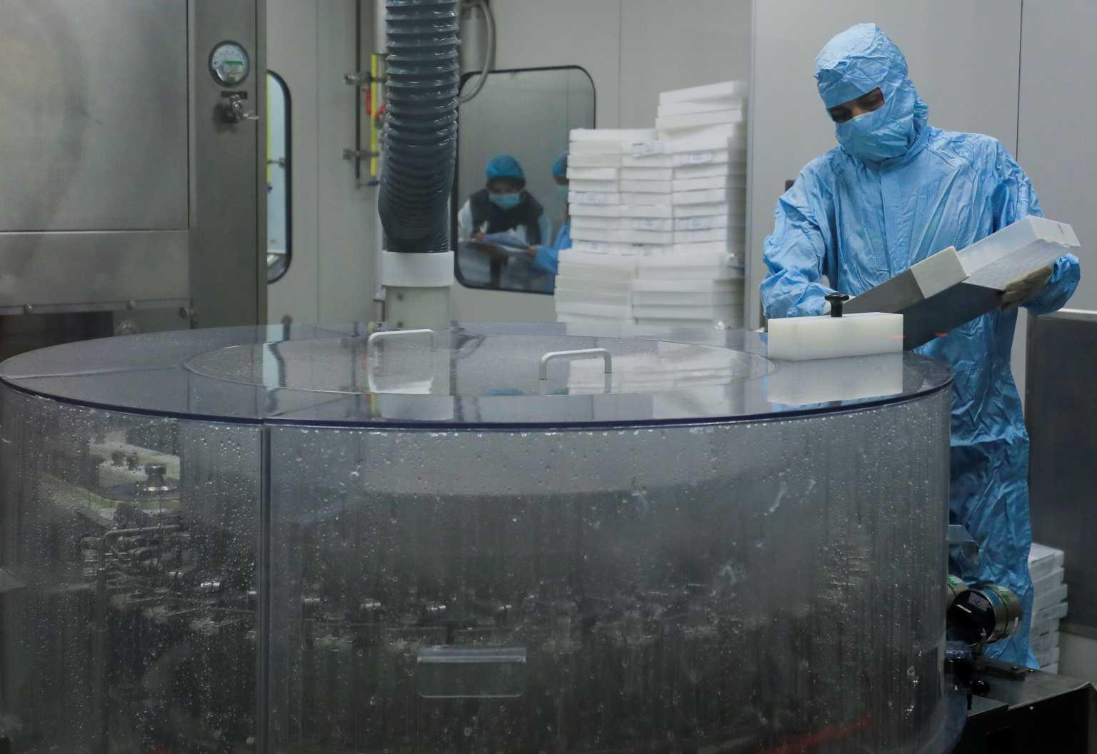 ΗΠΑ – κορονοϊός: Τουλάχιστον 15 εκατομμύρια δόσεις εμβολίων έχουν πεταχθεί στα σκουπίδια