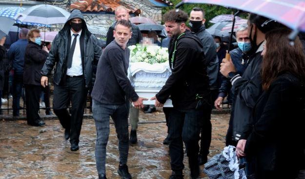 Νίκος Τσουμάνης: Θρήνος στην κηδεία του ποδοσφαιριστή