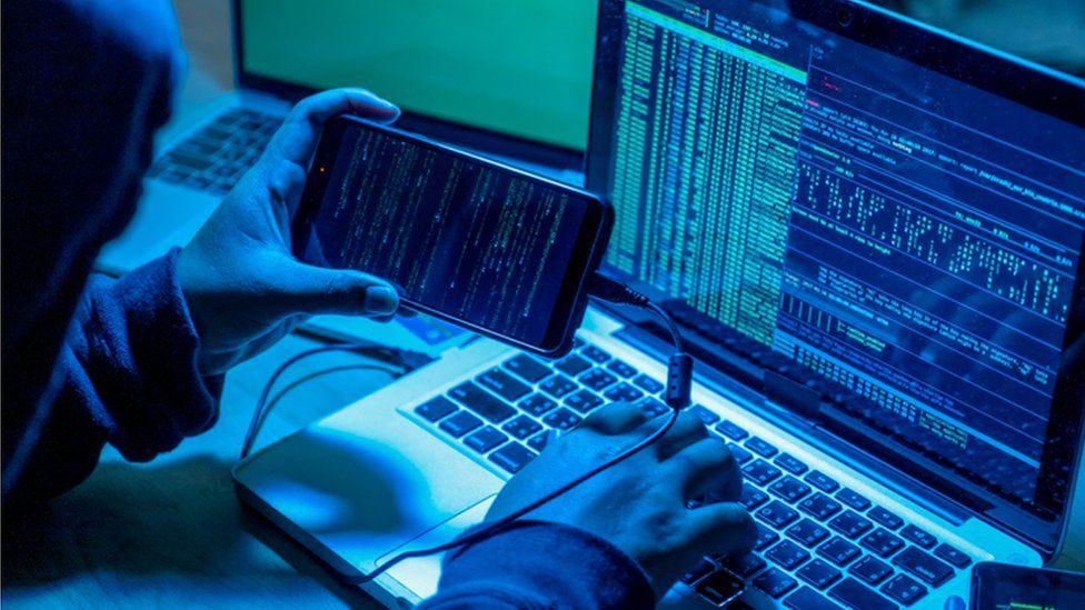 SOS από την ΕΛ.ΑΣ. – «Μαϊμού» τεχνικοί υπολογιστών «μπαίνουν» στον υπολογιστή μας και μπορούν να κλέψουν «τα πάντα»