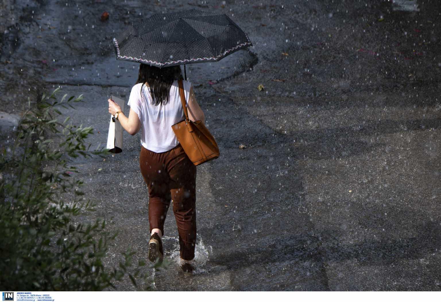 Καιρός – meteo: Επιμένει η κακοκαιρία «Αθηνά» – Καταιγίδες και χαλάζι ακόμη και στην Αττική
