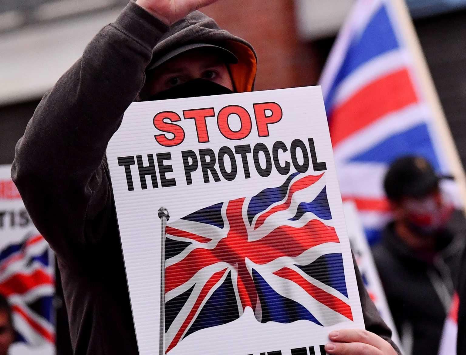 Βόρεια Ιρλανδία: Να δοθεί χρόνος για το διάλογο Βρυξελλών και Λονδίνου λέει ο Ιρλανδός ΥΠΕΞ