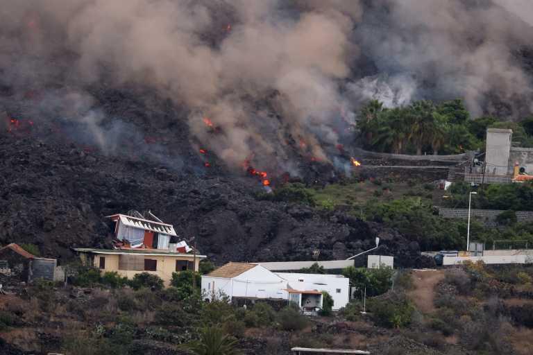 Ισπανία – Ηφαίστειο: Η λάβα απειλεί μια ακόμη περιοχή – Νέα εκκένωση