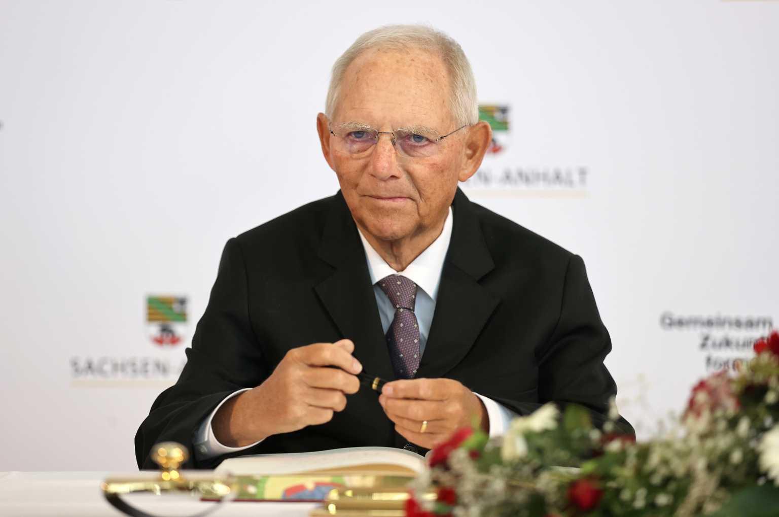Γερμανία – Σόιμπλε: Δε θέλει να έχει πλέον ηγετικό ρόλο στο Χριστιανοδημοκρατικό κόμμα