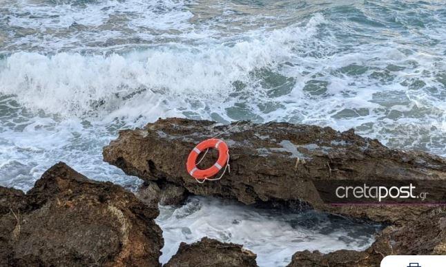 Πώς συνέβη η τραγωδία στην Κρήτη: Ο παππούς έσωσε τα εγγόνια του από τα κύματα αλλά δεν κατάφερε να βγει από τη θάλασσα