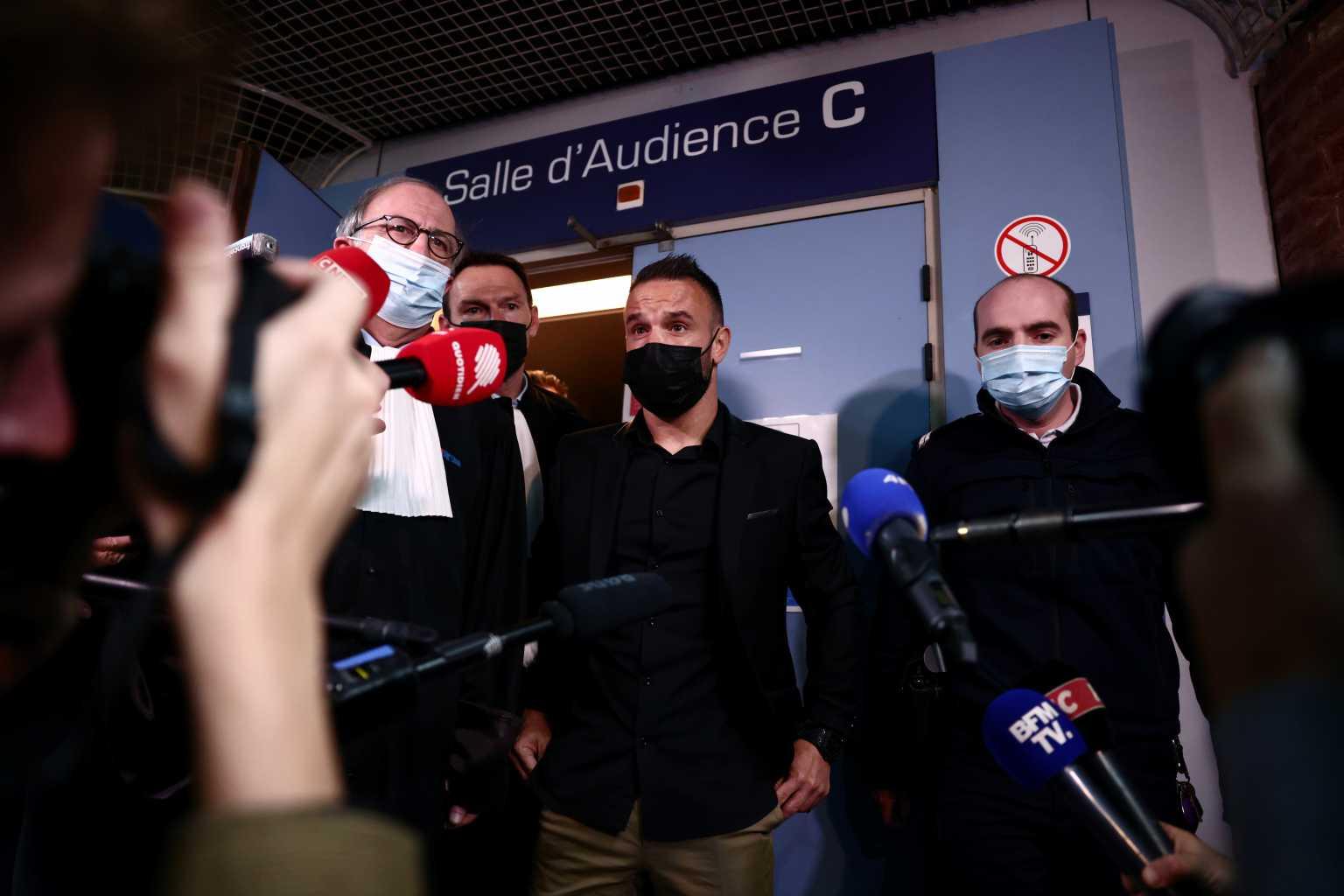 Δίκη Μπενζεμά: «Θύμα των ίδιων του των πράξεών ο Βαλμπουενά» λένε οι εκπρόσωποι του άσου της Ρεάλ