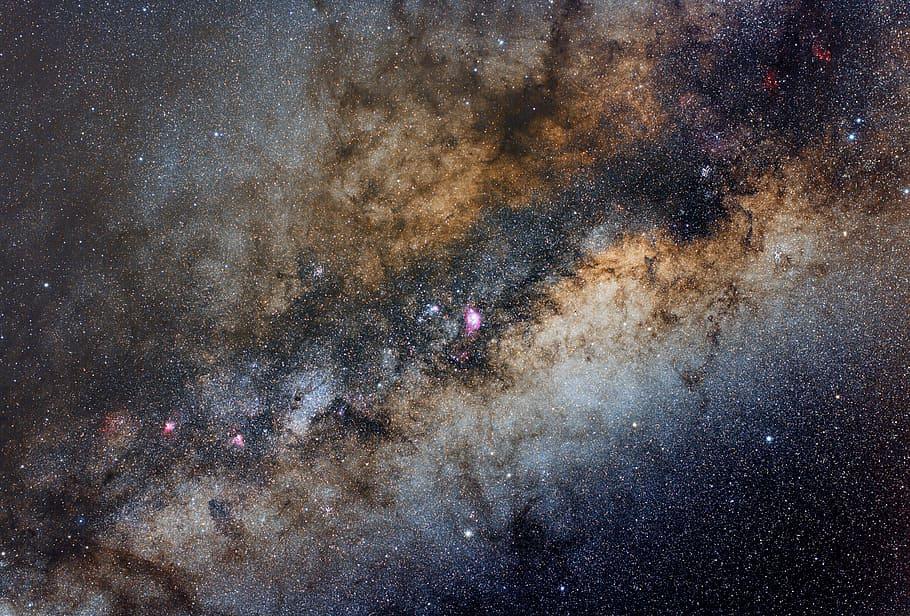 Ανεξήγητα ραδιοσήματα από το κέντρο του Γαλαξία προβληματίζουν τους αστρονόμους