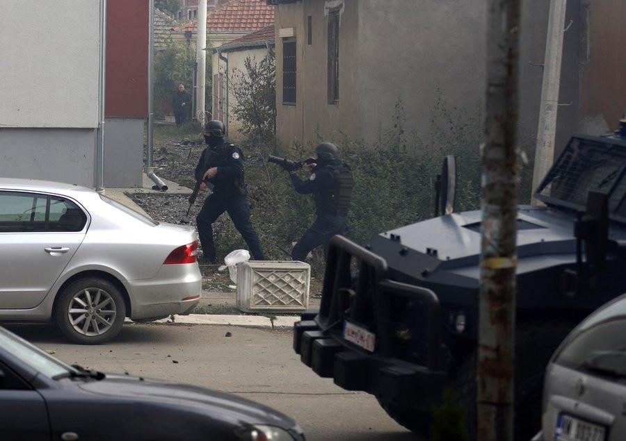 Σερβία-Κόσοβο – Σέρβοι πολίτες και Κοσοβάροι αστυνομικοί τραυματίσθηκαν σε συγκρούσεις στη Μιτρόβιτσα