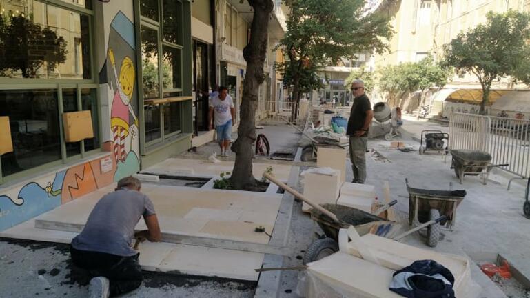 Ηράκλειο: Ξεκίνησε η πλακόστρωση στην ανάπλαση του κέντρου