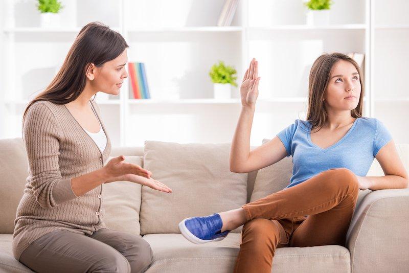 Πως μπορούμε να βοηθήσουμε το παιδί μας να διαχειριστεί την εφηβεία;