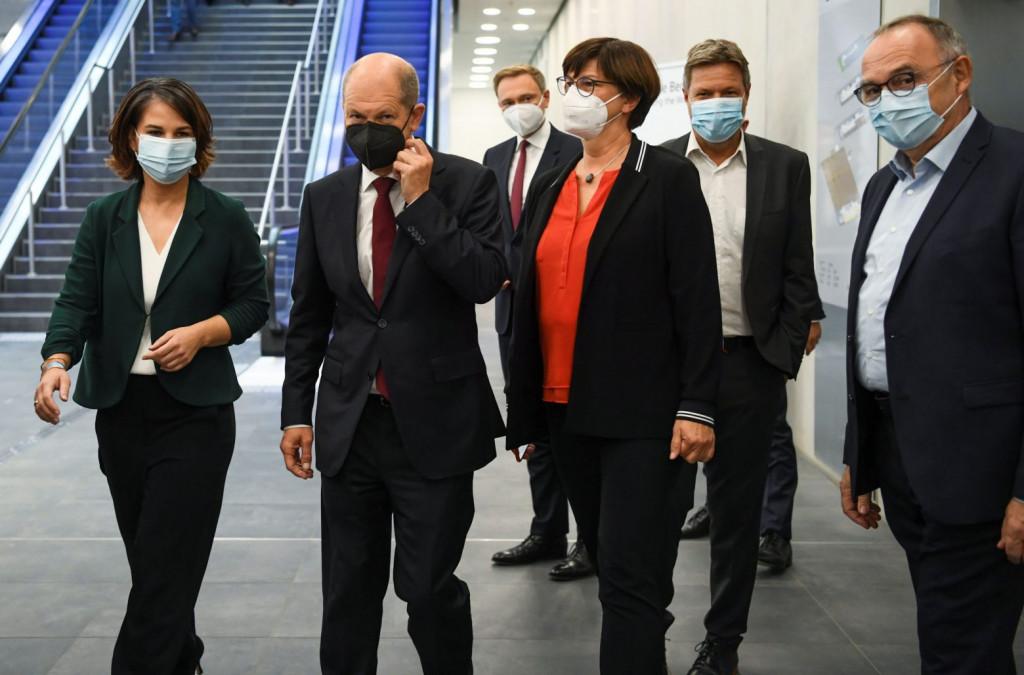Γερμανία – Ξεκινούν διαπραγματεύσεις με Σοσιαλδημοκράτες και Πράσινους για συμμετοχή των Φιλελεύθερων στη νέα κυβέρνηση