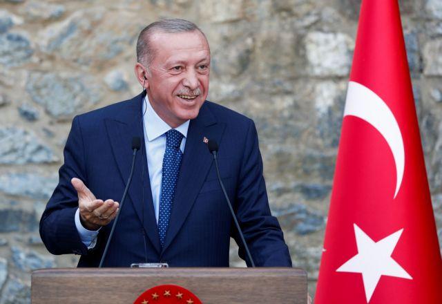 Ερντογάν – Αύξησε τον μισθό του κατά 14%