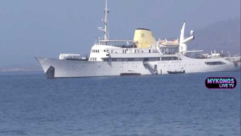 Στην Μύκονο η υπερπολυτελής «Χριστίνα» του Αριστοτέλη Ωνάση – Νοικιάζεται για 850.000 ευρώ