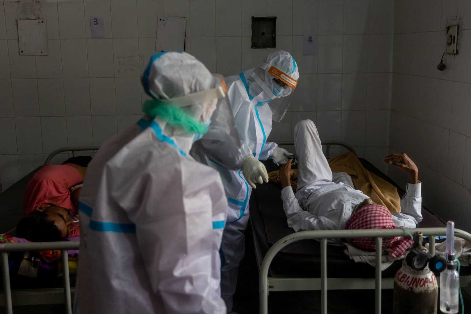 ΠΟΥ: Μέχρι 180.000 επαγγελματίες υγείας πέθαναν από κορονοϊό ως τον Μάιο του 2021