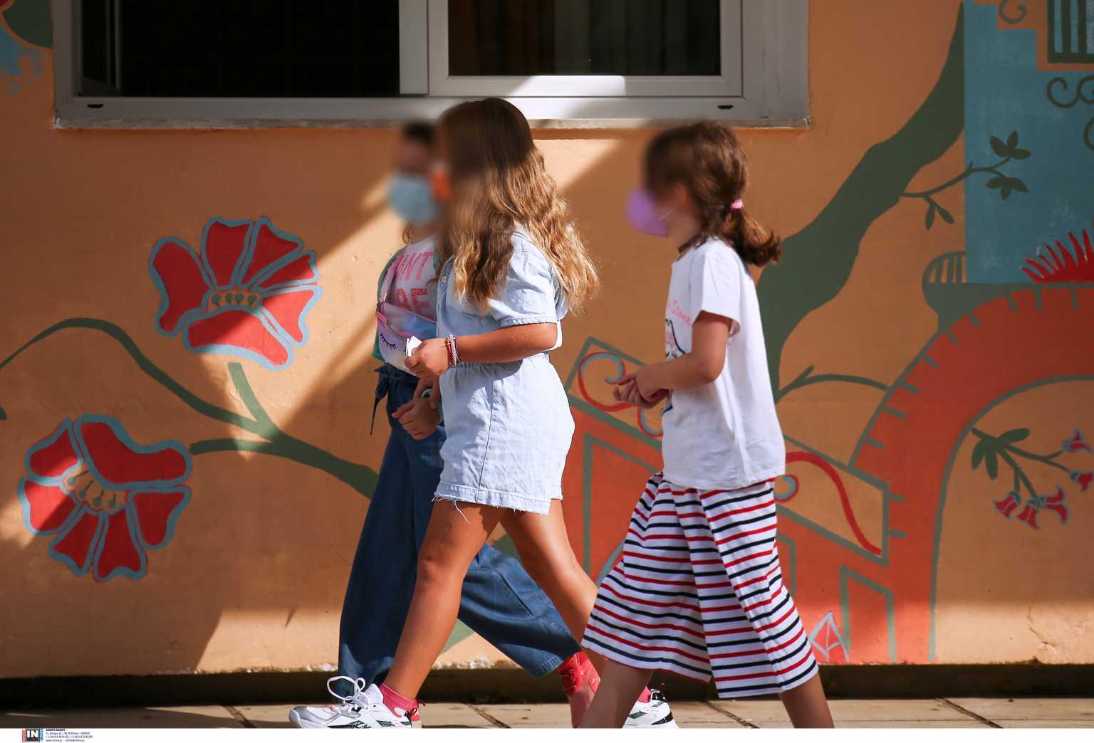 Κορονοϊός: Παιδιά ένα στα τέσσερα κρούσματα την τελευταία εβδομάδα – Ποιο το ποσοστό θετικότητας