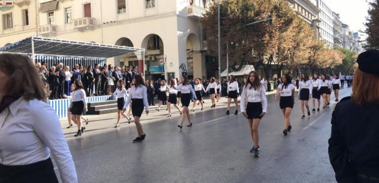 Παπαευαγγέλου – Με μάσκα στις παρελάσεις – Συναγερμός για Βόρεια Ελλάδα, Πελοπόννησο και Δυτική Ελλάδα