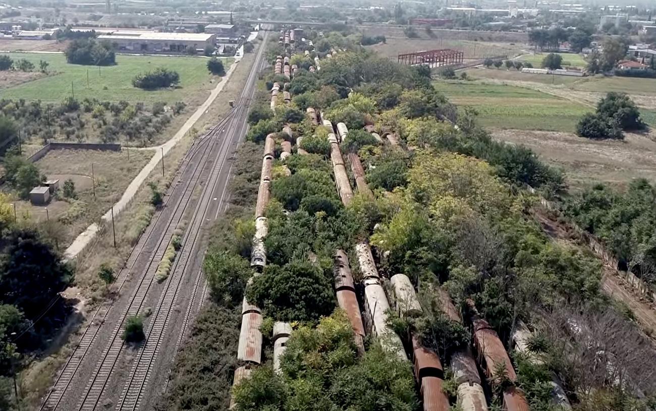 Στην Ελλάδα ένα από τα μεγαλύτερα νεκροταφεία τρένων στον κόσμο