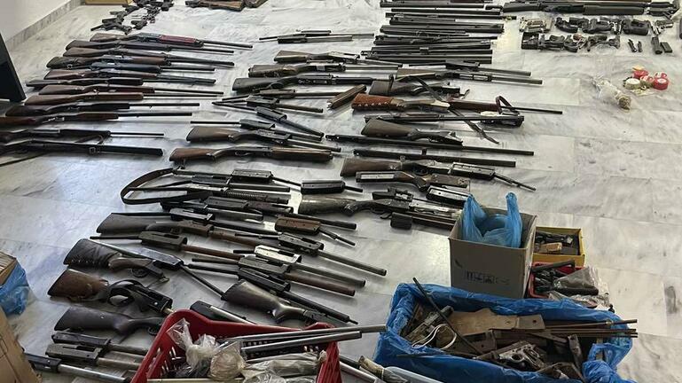 Προθεσμία για να απολογηθούν πήραν οι επτά για τη συμμορία με τα όπλα