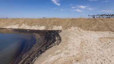 ΗΠΑ: Πετρελαιοκηλίδα στη νότια Καλιφόρνια προκαλεί μεγάλη περιβαλλοντική καταστροφή