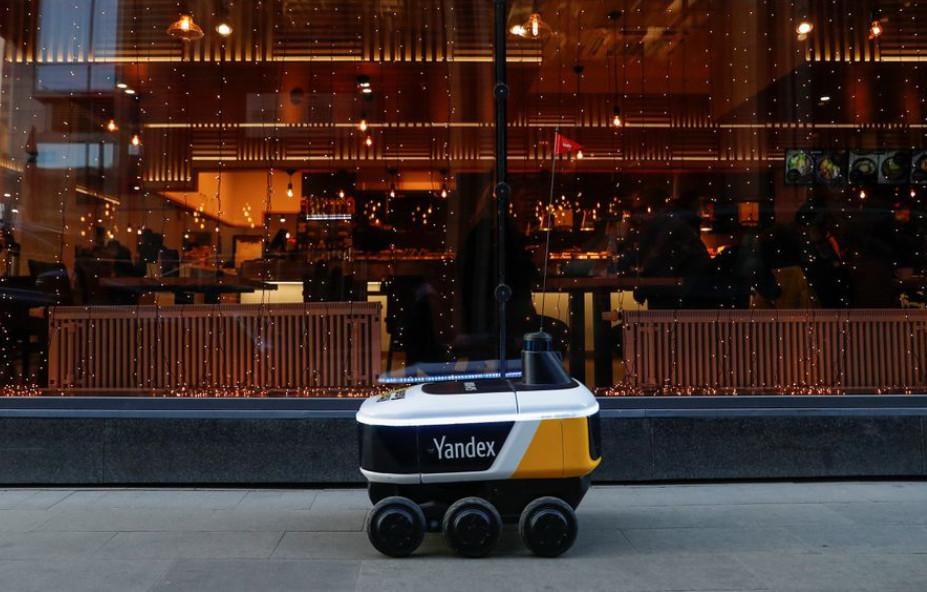 Ρομποτικοί ταχυδρόμοι βγαίνουν στους δρόμους της Μόσχας