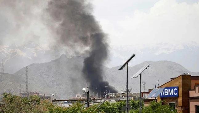 Καμπούλ: Έκρηξη έξω από τζαμί – Πληροφορίες για πολλούς νεκρούς