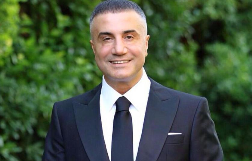 Σεντάτ Πέκερ – Ο Τούρκος αρχιμαφιόζος απειλεί να «κάψει» κι άλλους πολιτικούς με ροζ βίντεο μετά τον Ερσάν Σανέρ