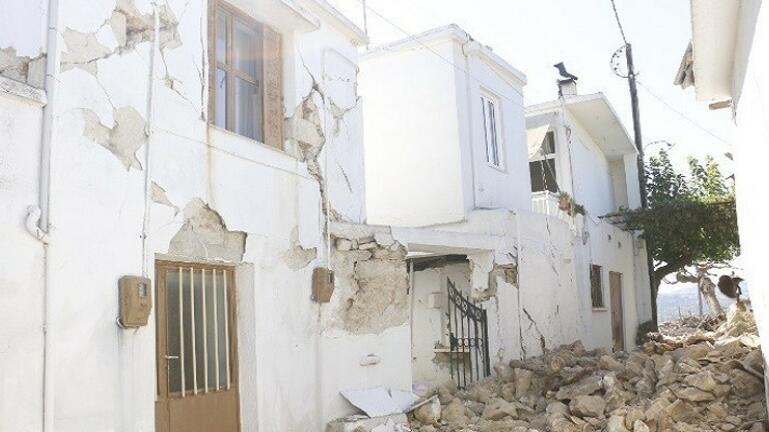 Πόσο ανησυχητική είναι η σεισμική έξαρση στη «γειτονιά του Εγκέλαδου»
