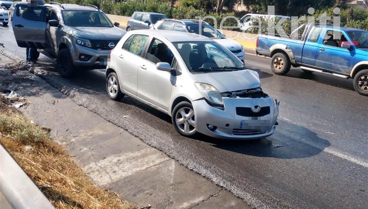 Ηράκλειο: Καραμπόλα έξι οχημάτων στον ΒΟΑΚ (εικόνες)