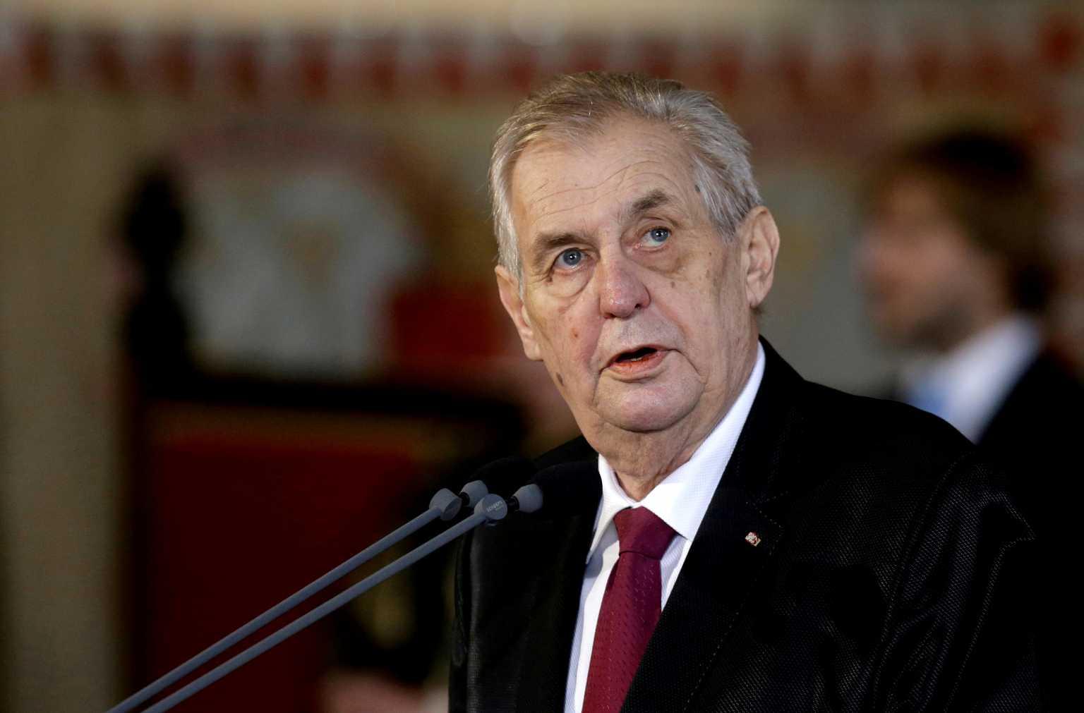 Τσεχία: Ο πρόεδρος Ζέμαν παραμένει σε ΜΕΘ – Οι σκέψεις για την επόμενη ημέρα