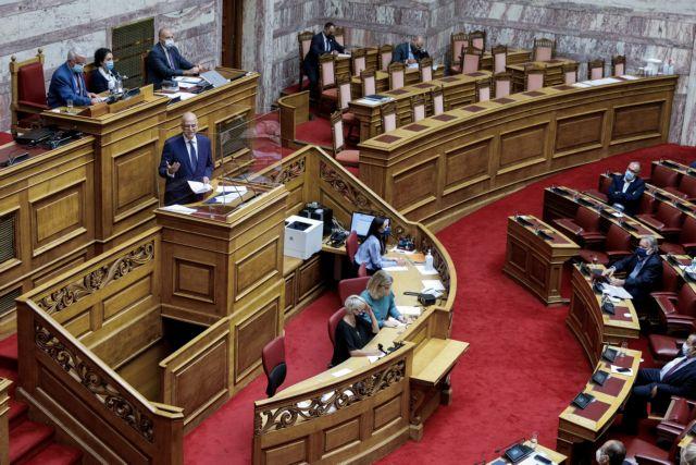 Με 191 υπέρ και 109 κατά ψηφίστηκε στη Βουλή η ελληνογαλλική συμφωνία