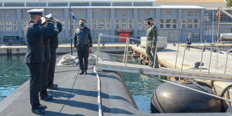 Το Αρχηγείο Στόλου επισκέφθηκαν οι ΥΦΕΘΑ Χαρδαλιάς και Α/ΓΕΕΘΑ Φλώρος [pics]